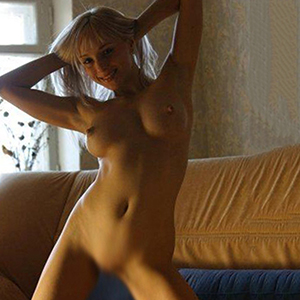 Escort Berlin Agnes Witty And Entertaining Sex Lady