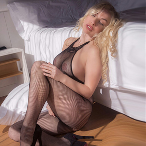 Angel Privatmodel Anal Sex rasiert lecken Escort Berlin