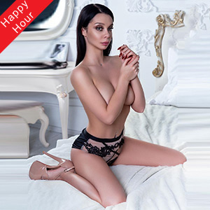 Asta junges Escort Girl mit zarter Haut in Berlin bestellen