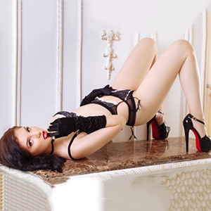 Barby Asia Petite Young Escort Asian Loves Romantic Sex Hours In Discrete Places Berlin