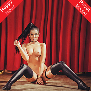 VIP lady Beatrice in the erotic guide for French at your service at Agency Berlin Escort