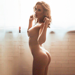 VIP Top Model Carolina bietet Sex Fullservice in Berlin & Umland