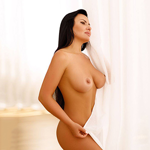 Amateur model Cassy 2 is looking for a sex date with dildo play service at Berlin's model agency