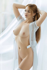 Cherry – High Class Ladie Berlin liebt Reizwäsche beim Sex