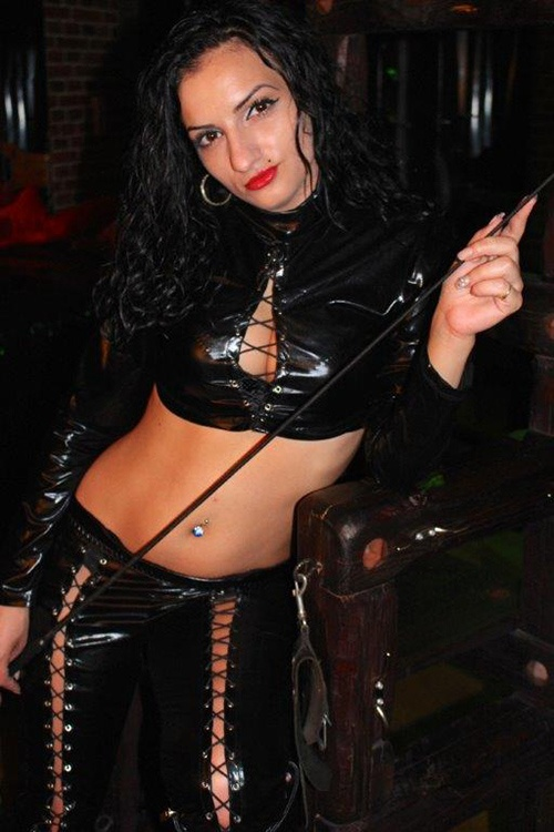 highheels bdsm escort berlin