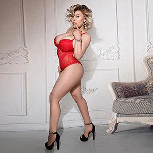 Luxus Dame Dina Hot zum Apartment für Bi, Service für Frauen Service über Escort Berlin