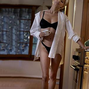 Callgirl Berlin sexy zierlich Dinara Top Escortservice im Stunden Hotel Berlin