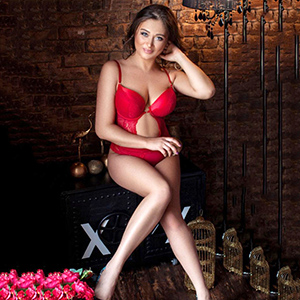 Escort Service Berlin Fanny Ladie With Mega Boobs Sex For Couples