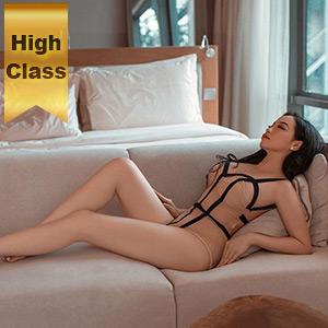 Escort Model Sandra Asien zum Berliner Hotelzimmer bestellen für Sex Doktorspiele