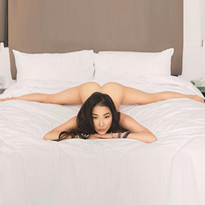 Loving Escort Ladie Yumi Asia In Berlin Is Waiting For A Date For A Romantic Sex Date