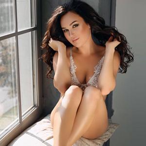 Escort Model Ester In Berlin Promises Sex Dates In Private Lingerie