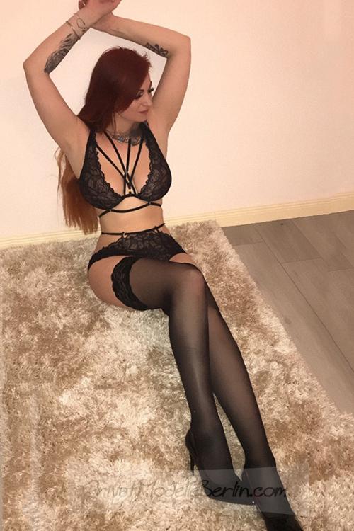 Evelyna Rothaarige VIP Ladie erfüllt Sex Träume & Top
