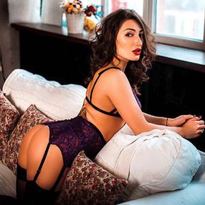 Felicita dicker hintern Gesichtsbesamung Sex im Stundenhotel