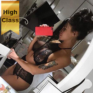 Perfect High Class Escort Ladie Fendi In Berlin Discreetly Invite For Sex To The Motel