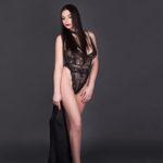 VIP Class Ladie Fenna Sex Termin vereinbaren für Hodenlecken Service über die Berliner Model Agentur