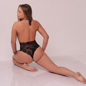 Flexible Noble Escort Hooker Kaleria Likes To Flirt On An Intimate Date In Berlin