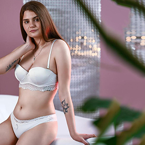Nymphomaniac Iza Top about personals for body insemination service about Escort Berlin