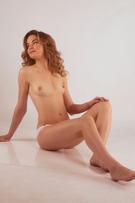 Jasminka – Sexgeile kleine Escort Frau