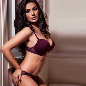 Justina Elegant VIP Escort Ladie With An Extensive Sex Escorts Service In Berlin