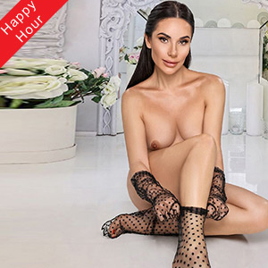 Elite woman Justina Privat is looking for intimate leisure time contacts with truck or car service at Agency Berlin Escort