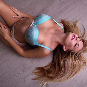 Juvel Escort Lady With Frivolous Sex Thoughts Is Looking For A Man In Berlin