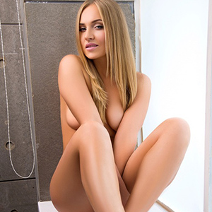 Sofort Seitensprung in Berlin mit Sex-Appeal Escort Girl Karina