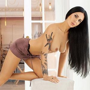 Escort Berlin Agentur Lorie exklusive Ladie sucht einen Mann für Sex Dates in Hotels