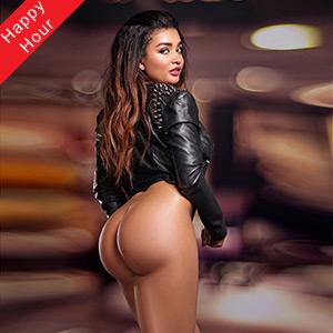 Asia Escort Hure Berlin großer Arsch erotischer Kussmund Marina Sima Top Sex Service