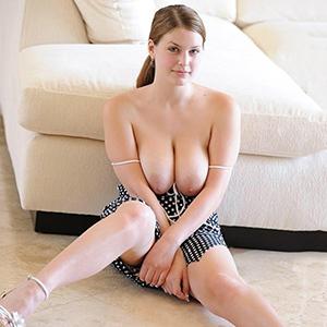 Hobby whore Marite Süß as a travel partner with striptease service via the Berlin model agency