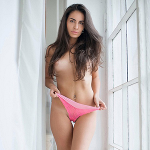 Melanie Sex At Home & Hotel Visits With High Class Ladie Escort Agency Berlin