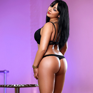 Order Chubby Escort Girl Mimmi From Berlin