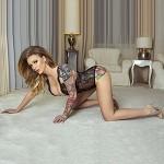 Sexdate im Hotelzimmer Wohnung mit zierliches Top Escort Model Pavlinka