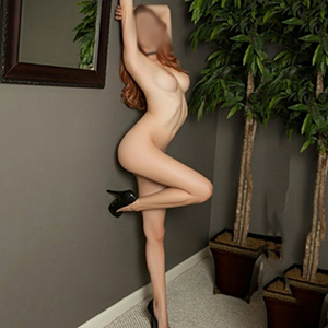 Domina Callgirl Berlin Peggy super schlank macht Haus oder Hotelbesuche mit Top Escortservice