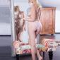 Meet hostess Petula spontaneously for striptease service via the Berlin escort agency