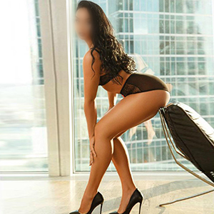 Escort Berlin Model Reyan 27 Years Loves Striptease Before Sex In The Hotel