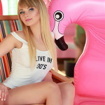 Super Escort blondine Slava in Berlin Sex Erotik im LKW Wohnwagen Parkplatz