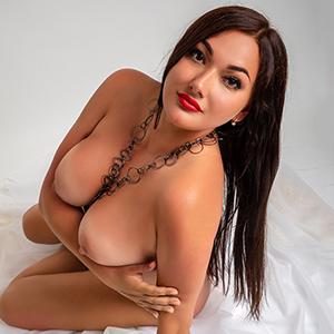 Order single Tiziana 2 discreetly for facial insemination service at Berlin's model agency