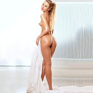 Valerija Elite Model Facesitting spontane Sextreffen Escort Berlin