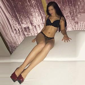 Teen Sex Striptease mit Verena über Kontaktanzeigen von Escort Berlin