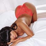Glatt rasiertes Escort Girl Veronika bietet Sex Date in Berlin & Umland