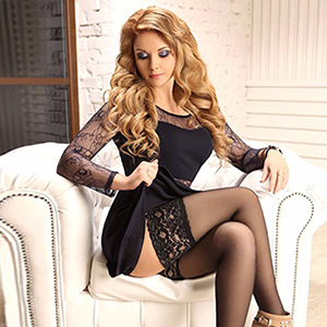Vita High Class Escort Ladie Visits Private Rooms In Berlin Loves Sex & Dirty Talk